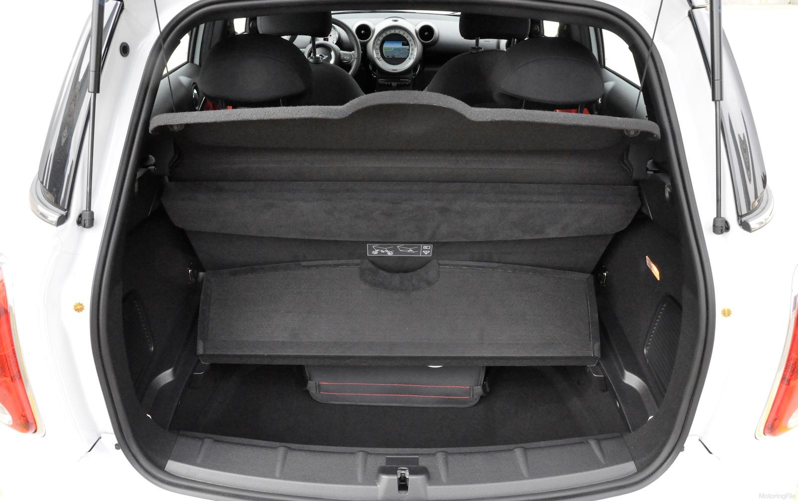 Mf Garage Countryman Capacity Motoringfile