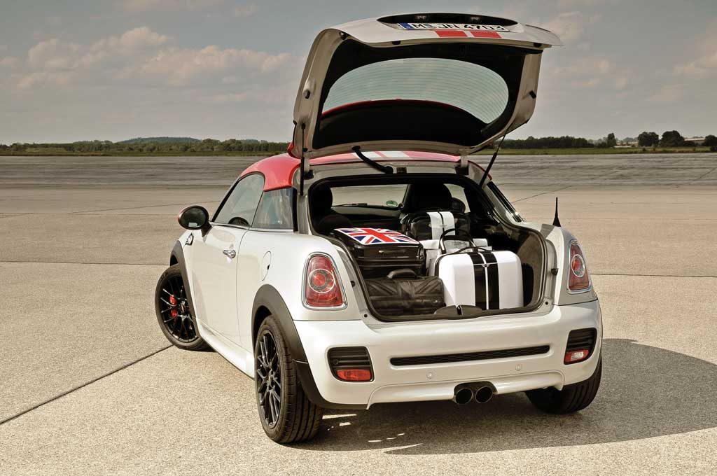 mini shows off the coupe 39 s junk in the trunk motoringfile. Black Bedroom Furniture Sets. Home Design Ideas