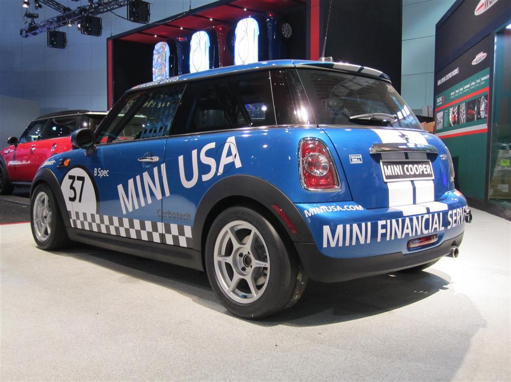 World Premier: MINI Cooper B-Spec Race Car - MotoringFile