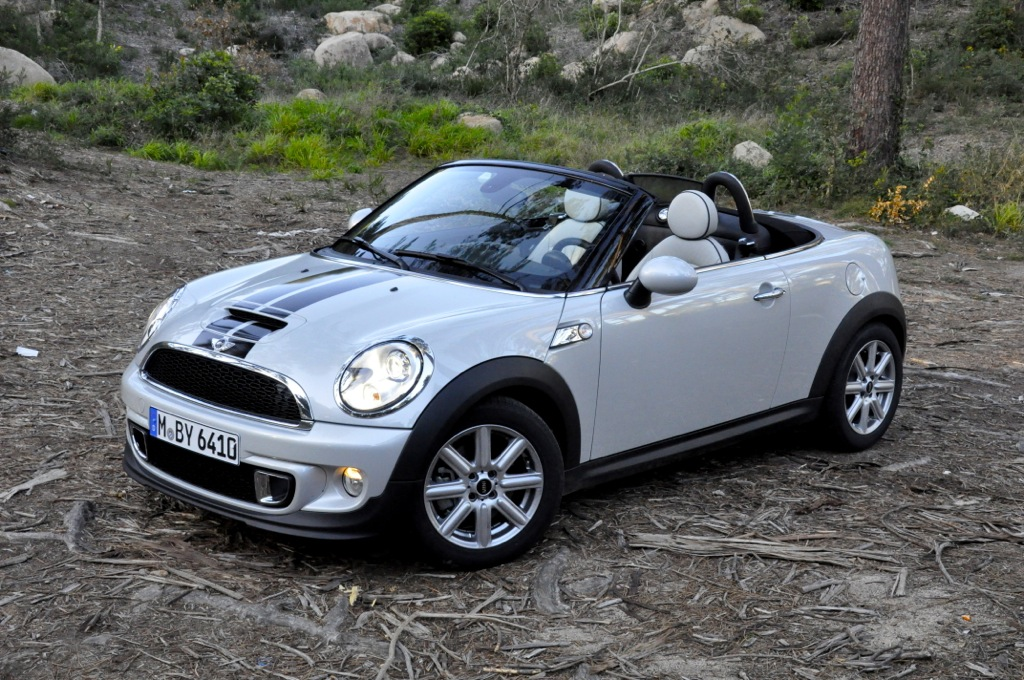 motoringfile review 2012 mini cooper s roadster motoringfile. Black Bedroom Furniture Sets. Home Design Ideas