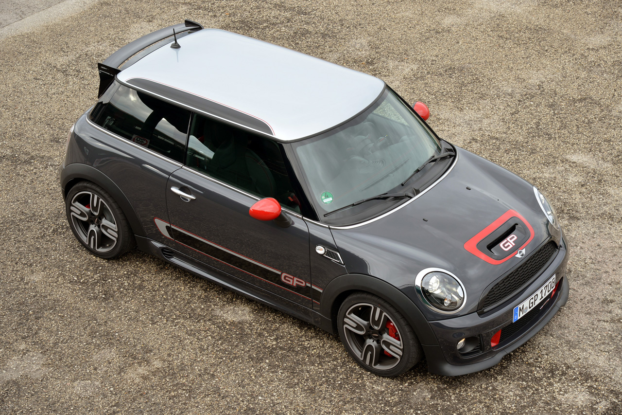 r56 jcw gp revisited why it may still be the ultimate mini motoringfile. Black Bedroom Furniture Sets. Home Design Ideas