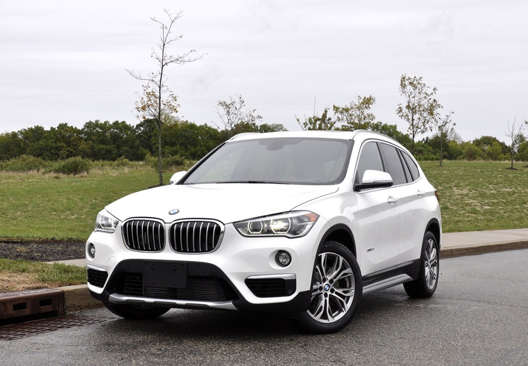 mf review the 2016 bmw x1 28i xdrive motoringfile. Black Bedroom Furniture Sets. Home Design Ideas