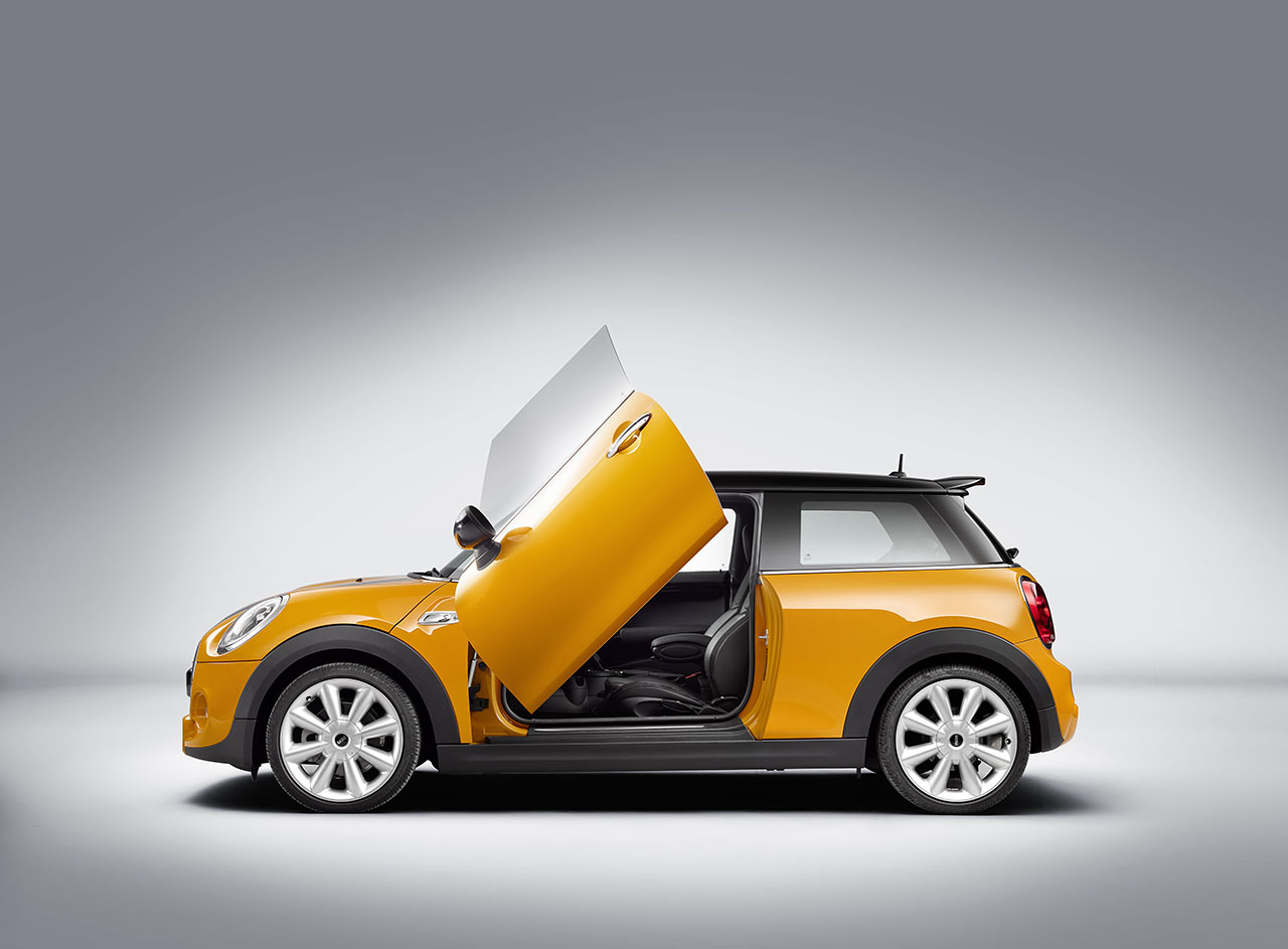 The u201cScissor Doorsu201d are based on a particularly refined body concept comprising two wing doors that both open vertically. Thereby providing the perfect ...  sc 1 st  MotoringFile & MINI Introduces u0027Lambo Doors