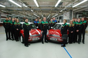 MINI Celebrates 15 Years of Plant Oxford Production