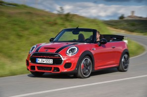 World Premier: MINI JCW Convertible