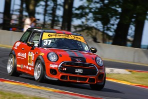 MINI-RoadAmerica2015-09