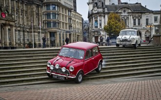 italian-job-minis-brum-style-web-pic-by-cmw-imaging