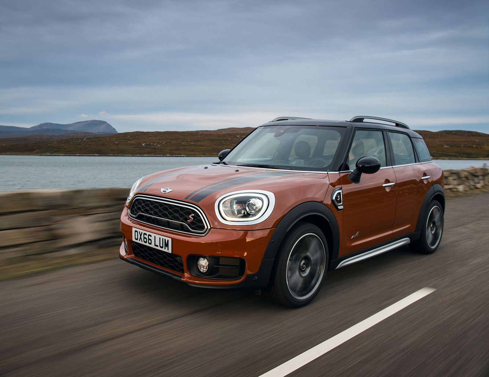 world premier 2017 mini countryman the mini club of ireland. Black Bedroom Furniture Sets. Home Design Ideas