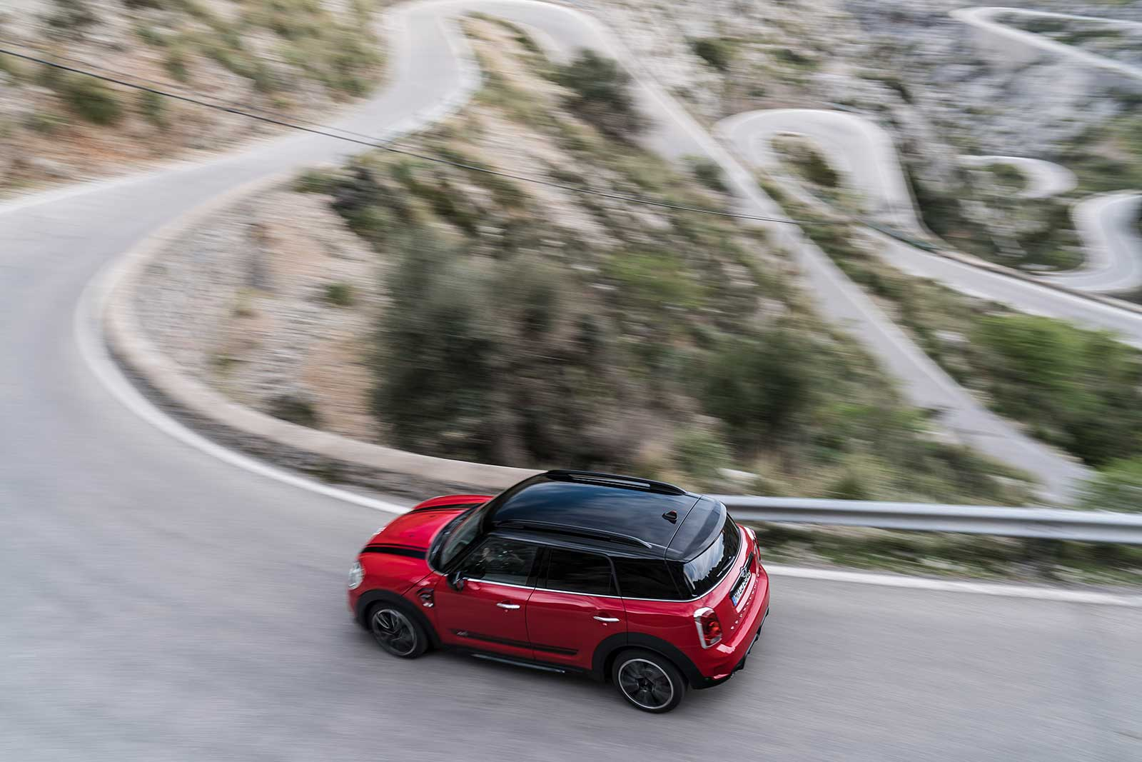 A Preview Of The 300 Hp Mini Jcw Countryman From Bmw Motoringfile