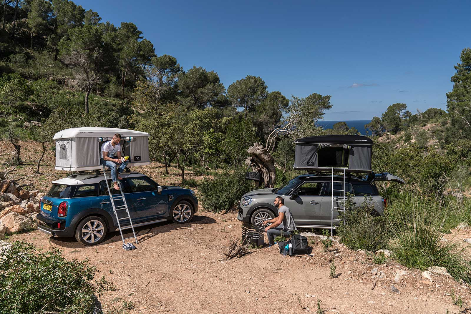 The Mini feels lithe eager and almost unaffected by the flat-pack penthouse apartment on its roof. Itu0027s not quite entertaining enough to wear Cooper S ... & MINI Countryman Autohome Tent Tested - MotoringFile