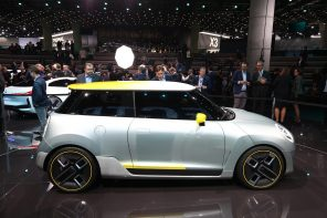 MINI at the 2017 Los Angeles Auto Show