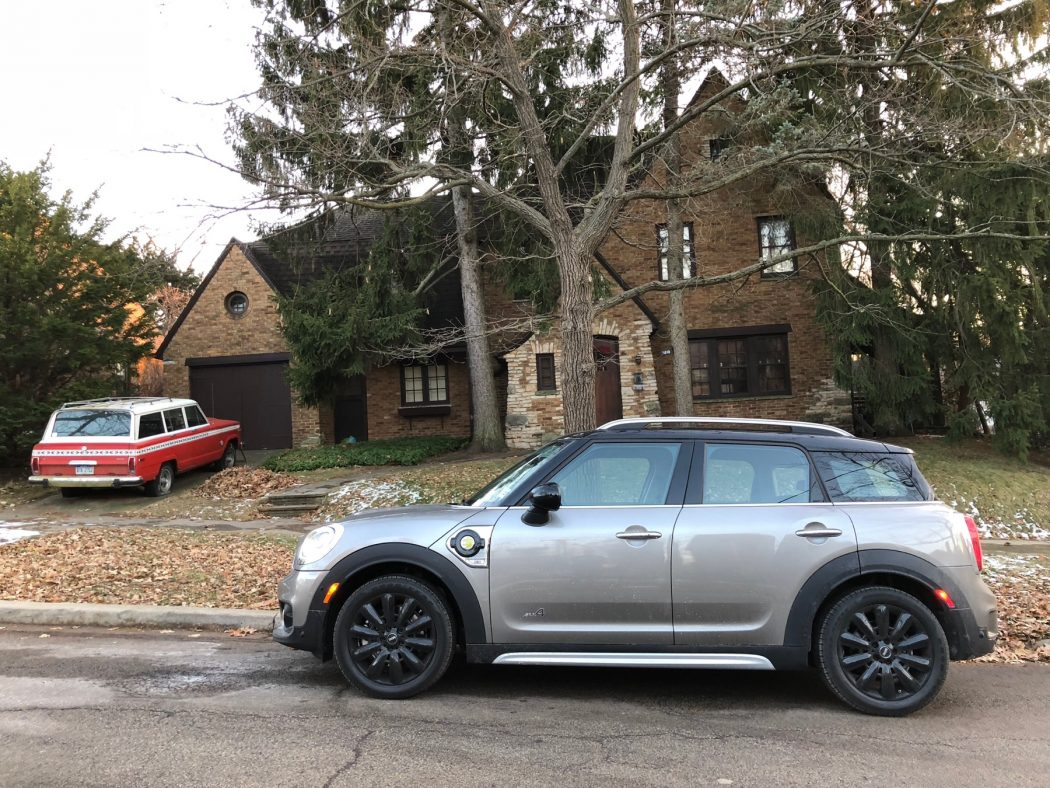 MINI Countryman Hybrid Review - Is This The Perfect MINI