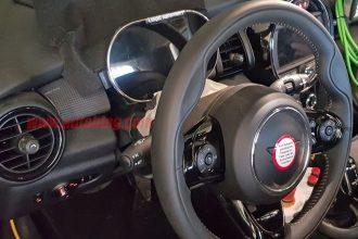 The MINI Cooper E digital gauge cluster