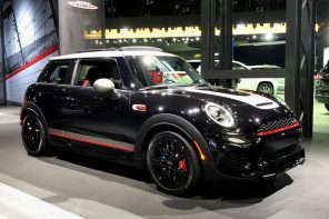 Hands-on With the 2019 MINI JCW Knights Edition