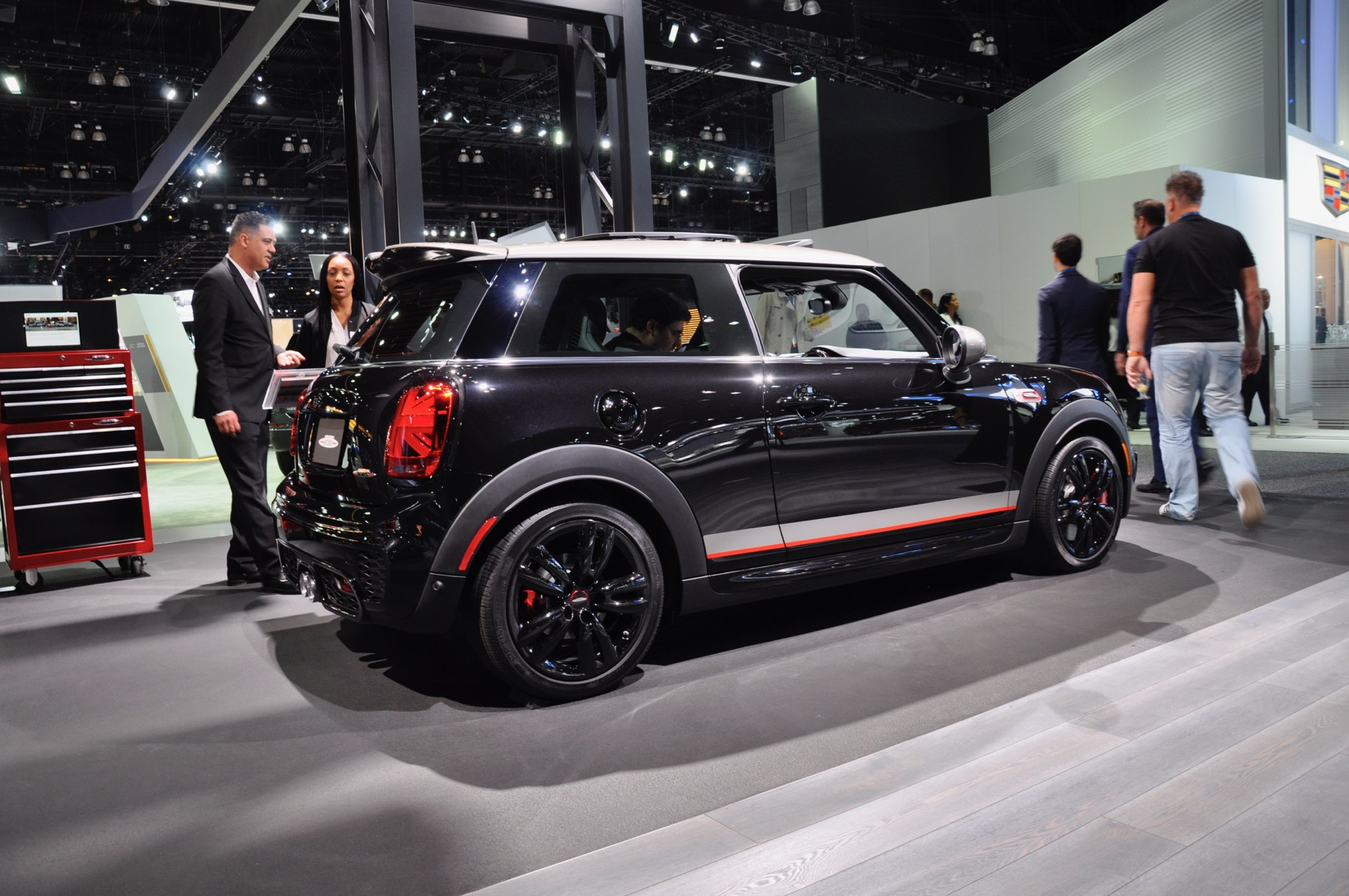 Hands On With The 2019 Mini Jcw Knights Edition Motoringfile