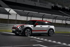 Official Premier: The 301 HP JCW Countryman and Clubman