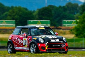 MINI JCW Team Wins at Portland!